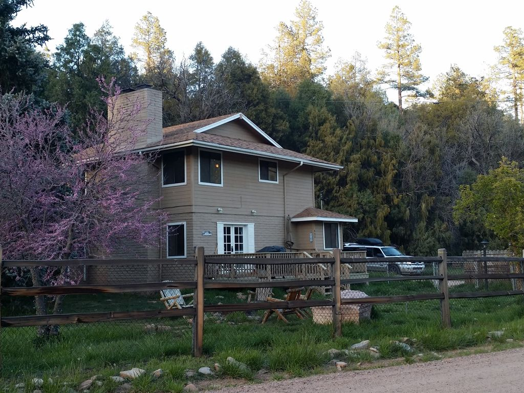 east verde river cabin  fishing  hunting and