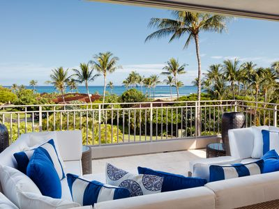 BEACH AND OCEAN VIEWS - HEAR THE WAVES! SPACIOUS LANAI WITH COMFY SOFA & CABANAS