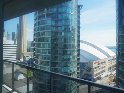 1 Bedroom Suite - CN Tower View