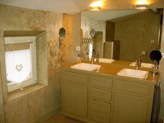 2nd large bedroom bath - Gordes farmhouse vacation rental photo