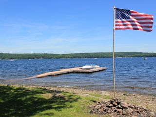 Lake Wallenpaupack lodge photo - Lakefront Dream