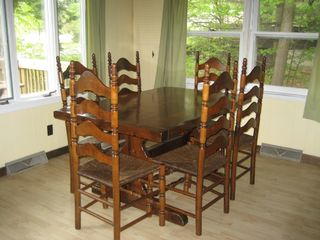 Newfound Lake chalet photo - Dining Area w/ expandable table