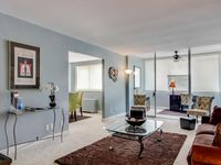 Enjoy Downtown Atlanta with comfort and elegance