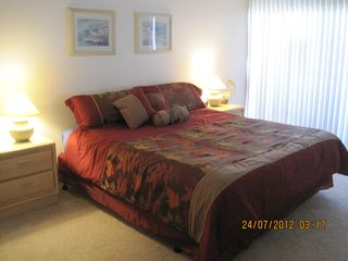 Rancho Mirage condo photo - King guest bed