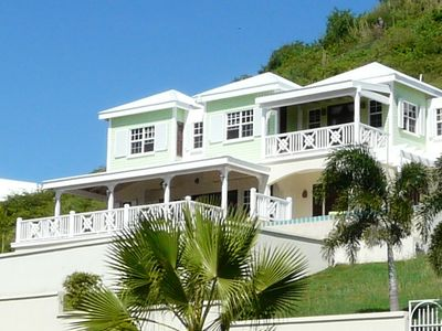 Turtle Beach House on the Stunning South East Penninsula of St Kitts