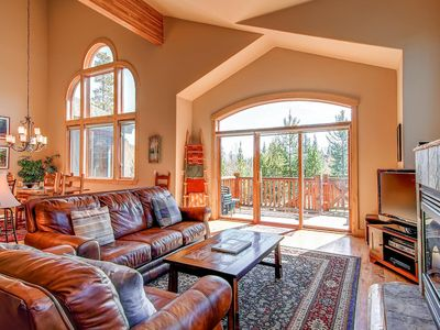 Eagle's Nest Home is a perfect mountain getaway for the family.