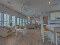 Artist Owned & Decorated, Directly on Mexico Beach, Beach Views Galore ~ Paul Brent House
