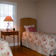 Montauk house photo - Guestroom with Twin beds & Full futon