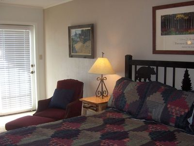 2nd Bdrm, King Bed, Full Bath, & Balcony View of Ski Mountain & Fishing Pond