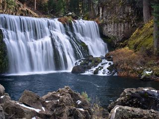 McCloud chateau / country house photo - Middle Falls - 15 Minutes Away