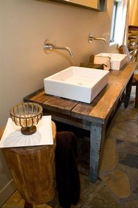 Mammoth Lakes house rental - master bath