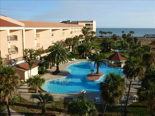 Galveston condo photo - The largest of the three Maravilla pools with a swim around island