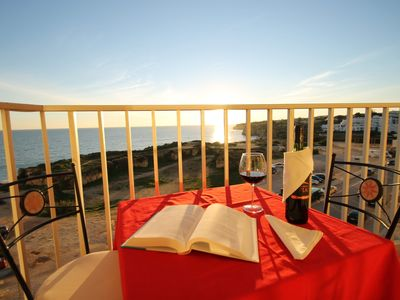 Holiday apartment, sea-front, fantastic sea views. 1 bedr., sleeps 4