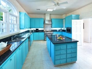 Sandy Lane villa photo - Large, spacious and modern kitchen at Saramanda