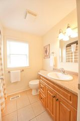Niagara Falls house photo - Bathroom 2