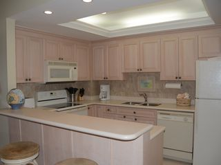 Grand Cayman condo photo - Fully equipped Kitchen
