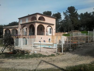 Beautiful Provencal house in the heart of a Chêneraie 7 km / town