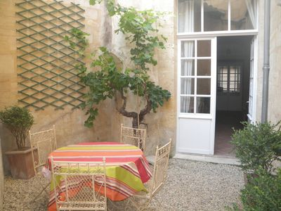 BORDEAUXCathédral/Cityhall ,2 cosy central rentals 2bedr&2bath for2-4guests