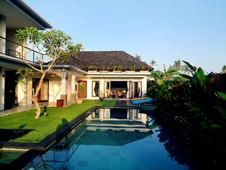 Canggu villa photo