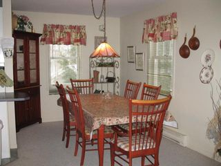 Mont Tremblant townhome photo - 3 bedroom townhouse dining room