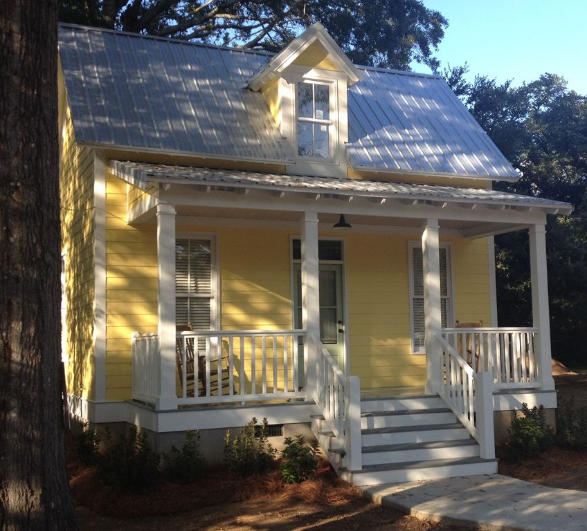 Creole cottage in the heart of canton 39 s vrbo for Cajun cottages