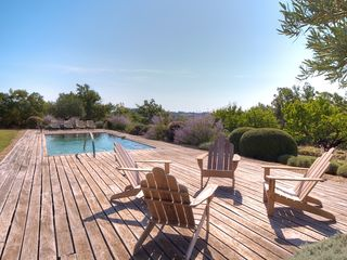 Gordes farmhouse photo - Pool and Deck