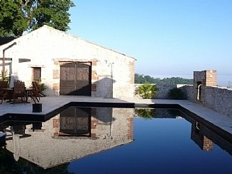 Dramatic Hilltop Stone House  Stunning Private Pool & Views All In Rural Setting - Saltre Grande    Two Double Bedrooms