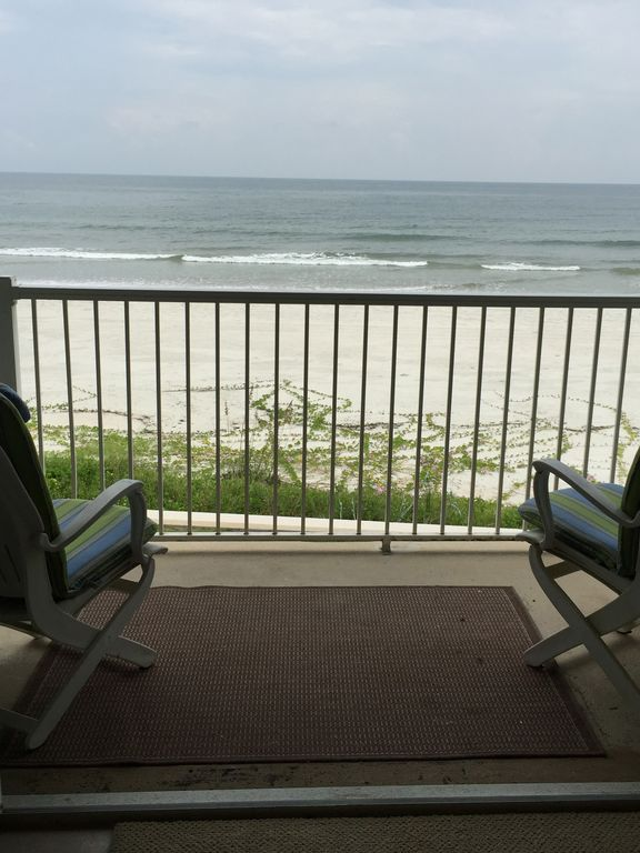 2 2 direct oceanfront amazing view lovely vrbo for Balcony overlooking ocean