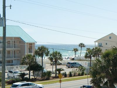 GULF VIEW! STEPS TO BEACH,! IMMACULATE! TOTAL REMODEL! NEW KING BED! FREE WIFI!
