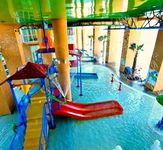 Splash Gulf Front Sleeps 8 with Waterpark and Lazy River Ride. Families Welcome!