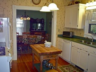 Ashland house photo - Fully equipped kitchen - main floor