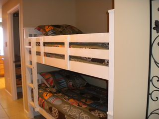 Splash Resort condo photo - Cozy bunk beds for the kids
