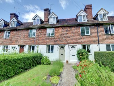 Sweet little cottage on the outskirts of Tenterden - a great family base