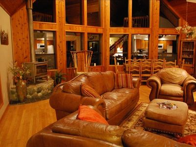 Stevens Pass cabin rental - Great Room