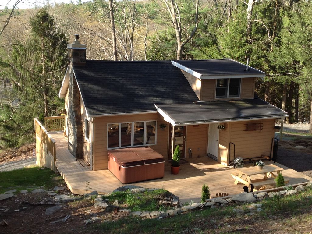 Picturesque Hillside Cabin In The Woods Homeaway