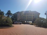 CAPE SAN BLAS GULF FRONT CONDO - 3BR 2B WITH FANTASTIC VIEWS!