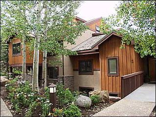 Snowmass Village condo photo - Recently updated Ridge exterior