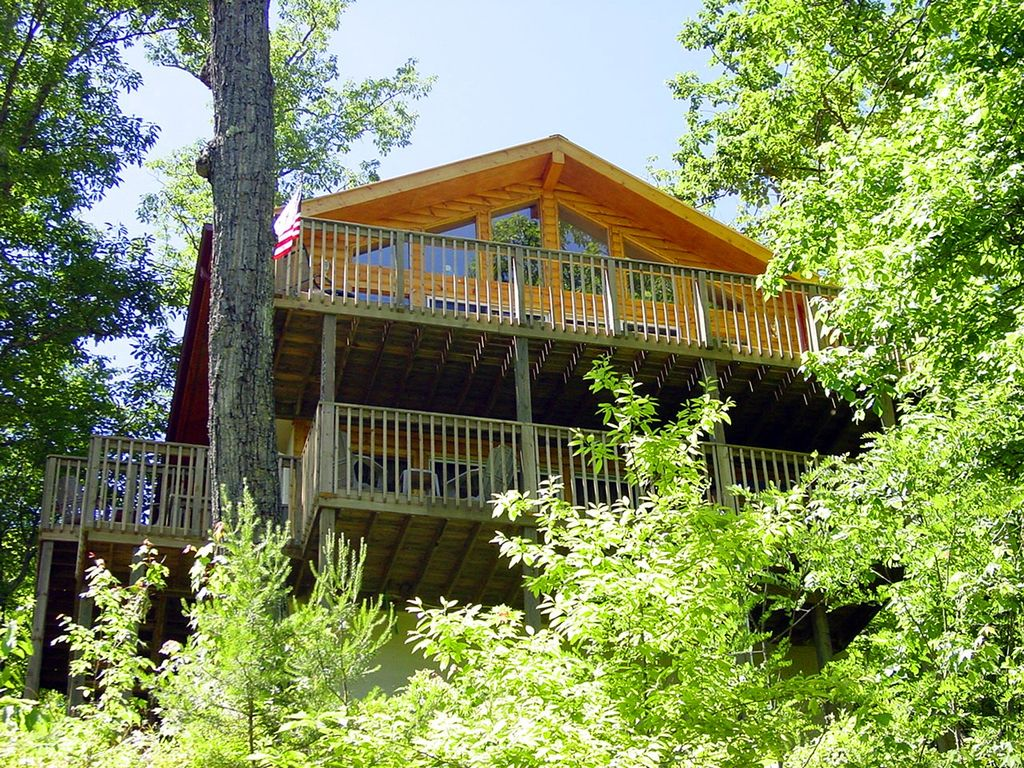 2 Story Log Cabin With Pool Table Hot Homeaway