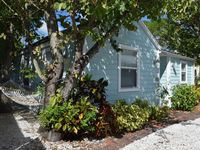 Charming Cottage By The Sea.... One bedroom cottage