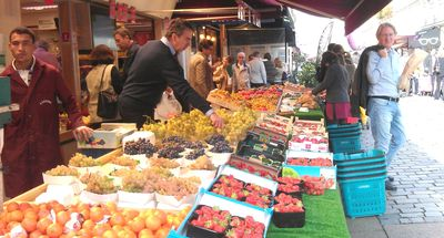 Fresh fruits at rue Cler market