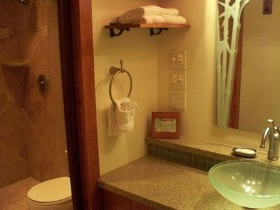 Relax, refresh and prepare yourself in the spacious bathroom and walk-in shower.