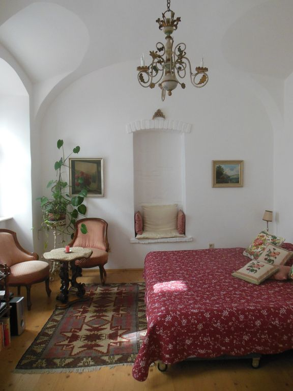 Intimate and elegant atmosphere in the heart of Vienna