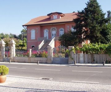 Characterful cottage on a private farm with vineyards just 500 meters
