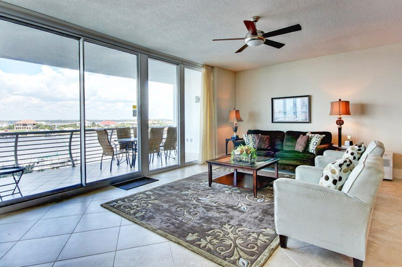 luxurious 3 br condo in orange beach large private balcony