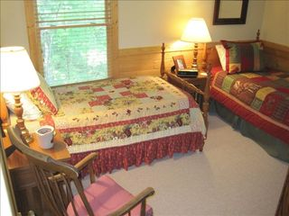 Ellijay cabin photo - Upstairs Bedroom With Rocker and Two Twin Beds
