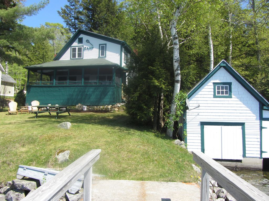 Beautiful restored family camp on lake homeaway lake for Lake willoughby cabins
