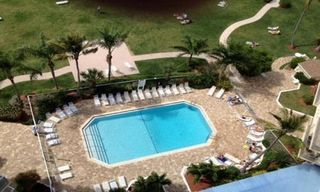 Fort Myers Beach condo photo - Heated pool
