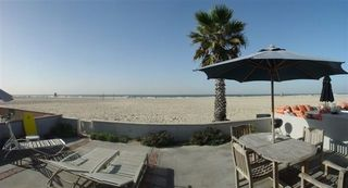 Newport Beach house photo - Eat a meal in the great outdoors!
