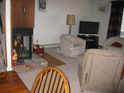 Killington condo rental - Living room with fireplace