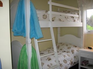 Miminegash cottage photo - Third bedroom has extra-long (adult-sized) bunk beds